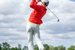 Choosing the Best Golf Pants For Hot Weather